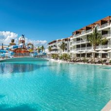 afbeelding Ocean Riviera Paradise